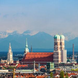 Die Bayerische Landeshauptstadt München: Kommunen warten gespannt, wie die Schlüsselzuweisungen aussehen werden.