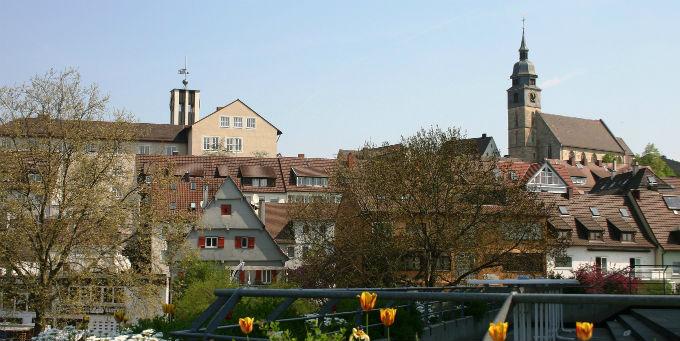 Böblingen ist die zweitgrößte Stadt im gleichnamigen Landkreis. Rund 365.000 Menschen leben und arbeiten dort in 26 Städten und Gemeinden.