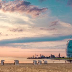 Die Seestadt Bremerhaven hat kurz vor Kassenschluss eine Haushaltssperre verhängt.