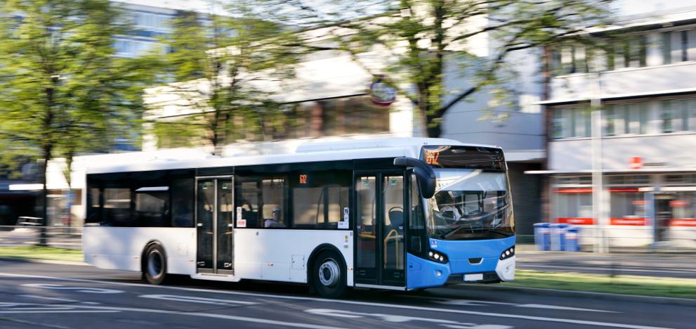 E-Busse sind in deutschen Städten auf dem Vormarsch. Der größte Teil der ÖPNV-Flotten ist dennoch dieselbetrieben.