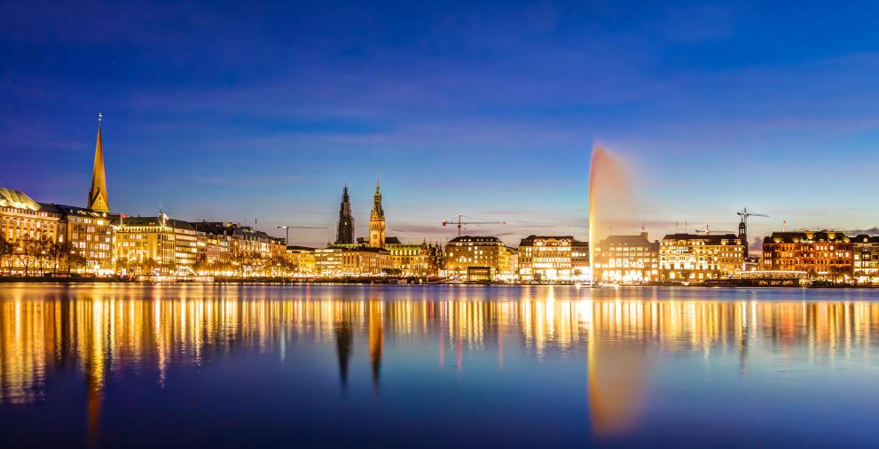 Vor der Bürgerschaftswahl geht es in Hamburg stürmisch zu: Berichte rund um verjährte Steueransprüche setzen den Bürgermeisterkandidaten Peter Tschentscher unter Druck.