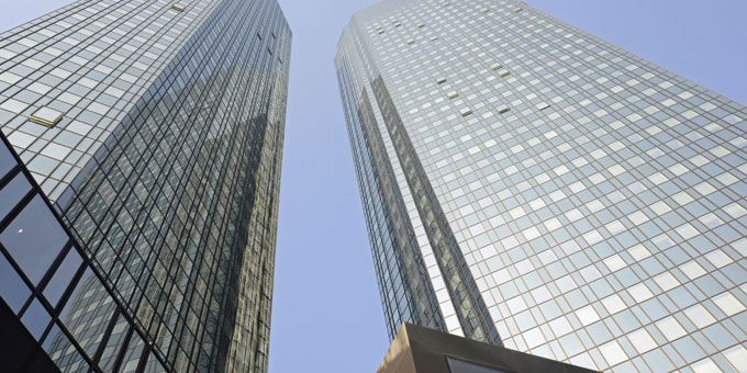 Die berühmten Zwillingstürme der Deutschen Bank in Frankfurt am Main.