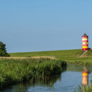 Der Leuchtturm von Pilsum ist nur wenige Kilometer von Aurich entfernt. Die ostfriesische Stadt musste den Haushalt sperren.