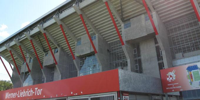 Außenansicht des Fritz-Walter-Stadions in Kaiserslautern