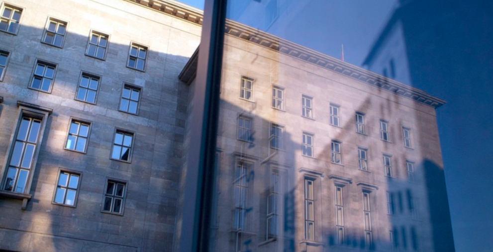 Das Bundesfinanzministerium hat die Steuerprognosen für die Gemeinden reduziert.