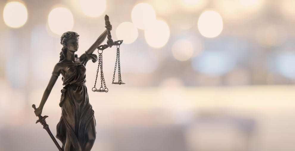 Das Landgericht Ingolstadt hat Alfred Lehmann, früherer OB der Stadt, zu zwei Jahren auf Bewährung verurteilt.