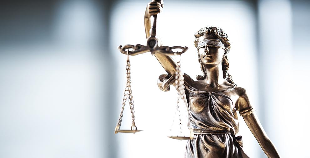 Das Landgericht Nürnberg-Fürth hat den Herzogenauracher Kämmerer zu einer Bewährungsstrafe von 11 Monaten verurteilt.