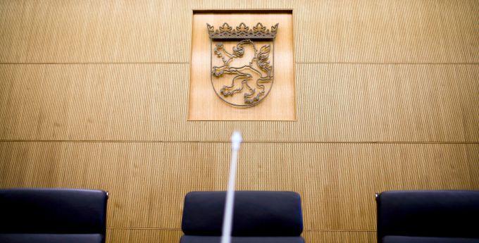 Der hessische Staatsgerichtshof hat das alte System 2013 für verfassungswidrig erklärt.