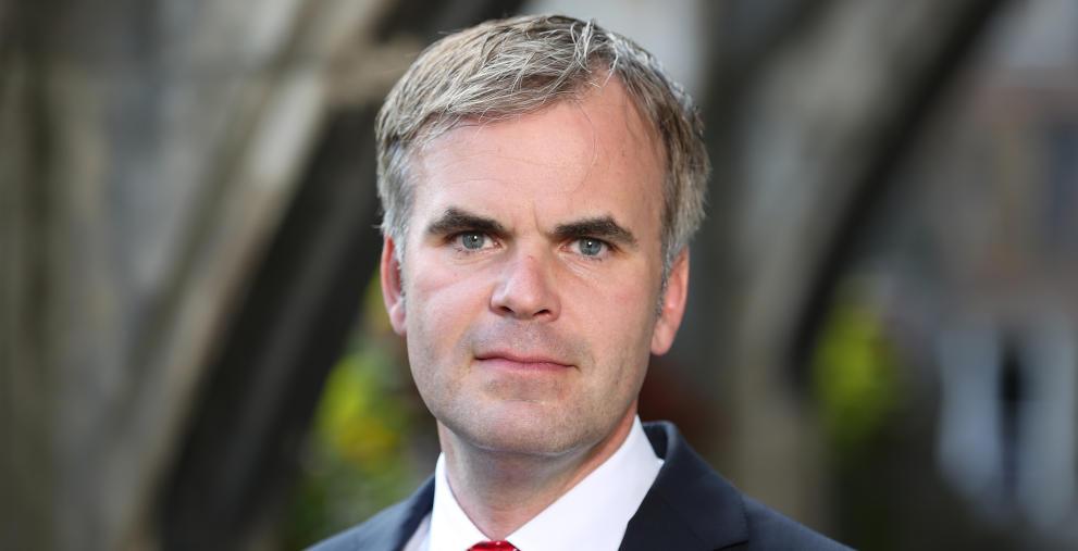 Münchens Stadtkämmerer Christoph Frey hat mit seinem Team eine Anleihe im Volumen von 120 Millionen Euro emittiert.