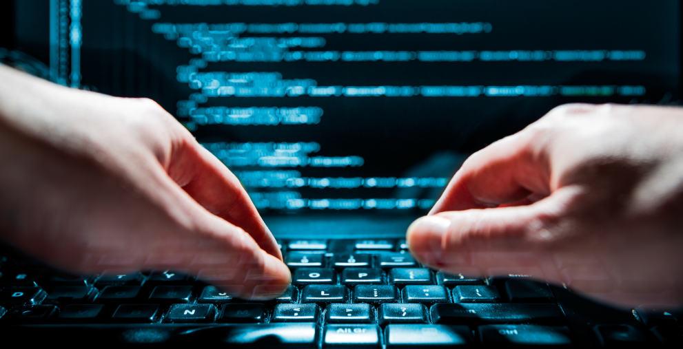 Die Bedrohung durch Cyberangriffe wächst auch für Kommunen. Hacker könnten bald auch auf Künstliche Intelligenz zurückgreifen.