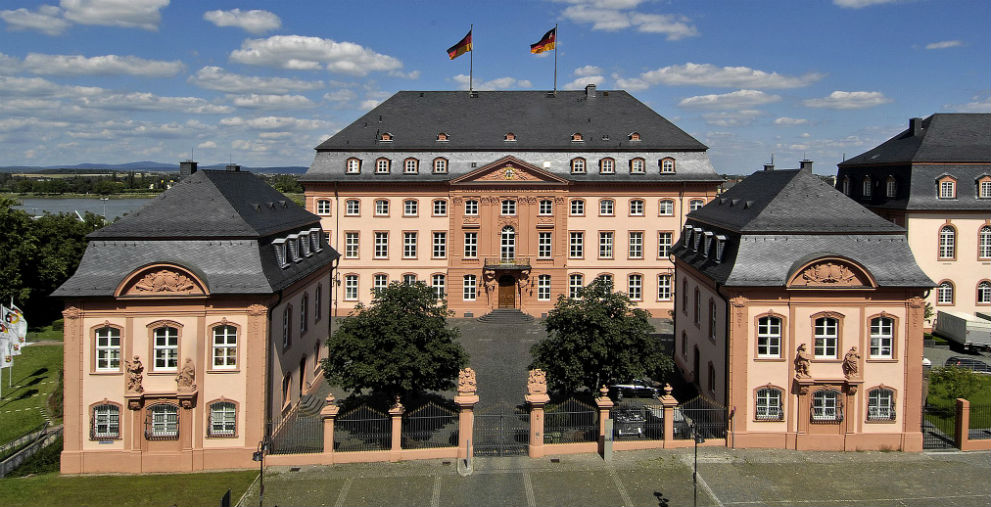 In Rheinland-Pfalz streiten sich die Kommunen mit dem Land über den Finanzausgleich.