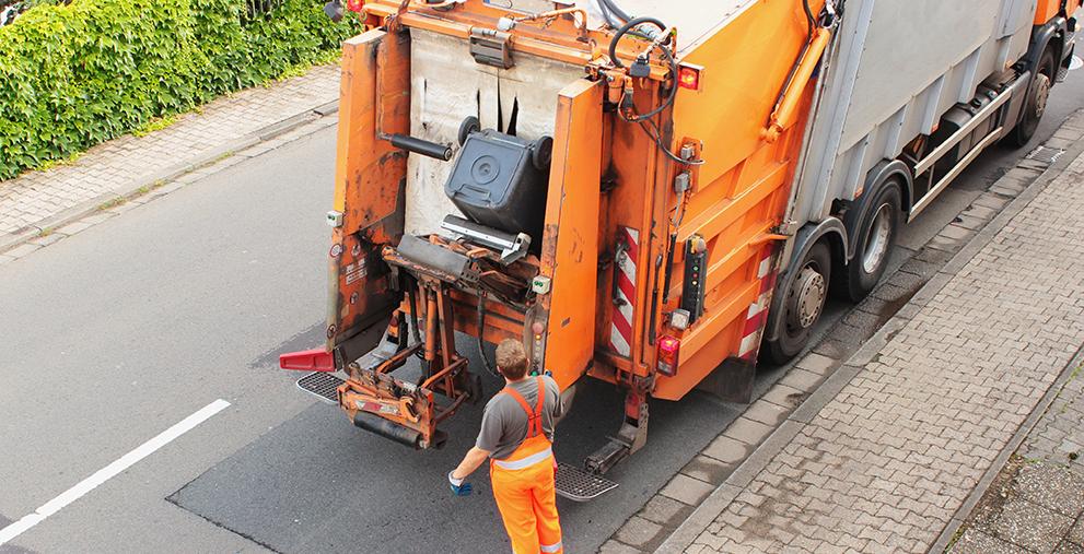Könnten im LKW-Kartellverfahren eine entscheidende Rolle für Kommunen spielen: zwei Müllfahrzeuge des Landkreises Northeim.