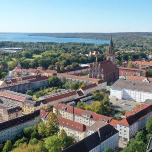 Einstmals kreisfrei, nun Kreisstadt: die Stadt Neubrandenburg.