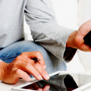 Kreditvergabe aus dem Home Office? DKB und Loanboox wollen Direktdarlehen online vermitteln, Kämmerer sollen dabei aus Angeboten auswählen können.