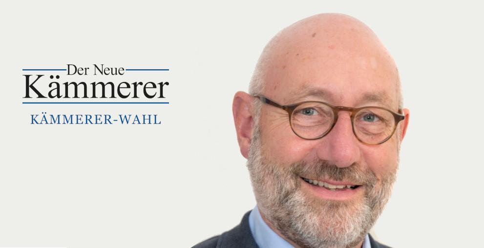 """Currywurst, Wagner und viele Blumen im Büro: Wuppertals Stadtkämmerer Johannes Slawig beantwortet die Fragen zur """"Kämmerer-Wahl""""."""
