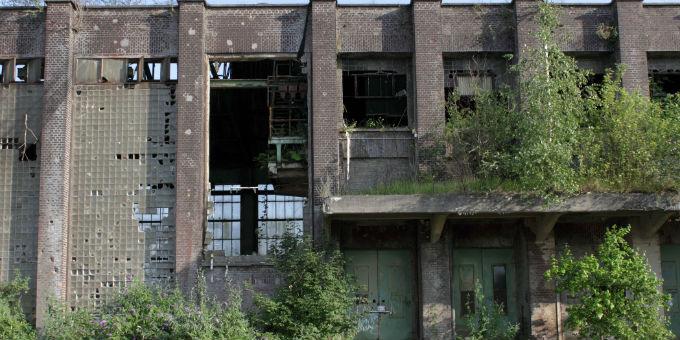 Eine Industrieruine im Ruhrgebiet: Strukturschwache Regionen gibt es nicht nur in Ostdeutschland.