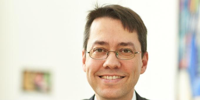 Marc Hansmann, Stadtkämmerer von Hannover, wechselt in den Vorstand der Stadtwerke.