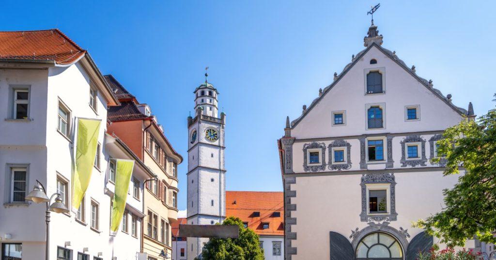 Blick auf die Altstadt von Ravensburg: Das dortige Landgericht hatte das Verfahren gegen den ehemaligen Kämmerer der Stadt Weingarten eingestellt.