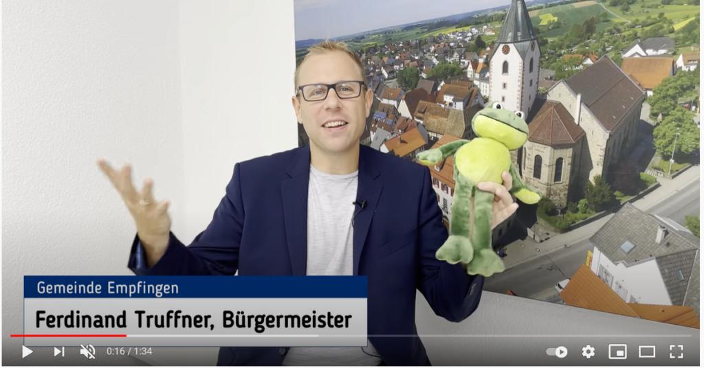 Empfingens Bürgermeister Ferdinand Truffner sucht auch per Video nach Krötenbändigern und will so eine Nachfolge für Kämmerer Reinhard Dettling finden.