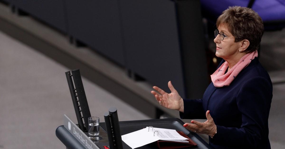 MdB Dietlind Tiemann hat die Fragen der DNK-Redaktion zur Bundestagswahl beantwortet.